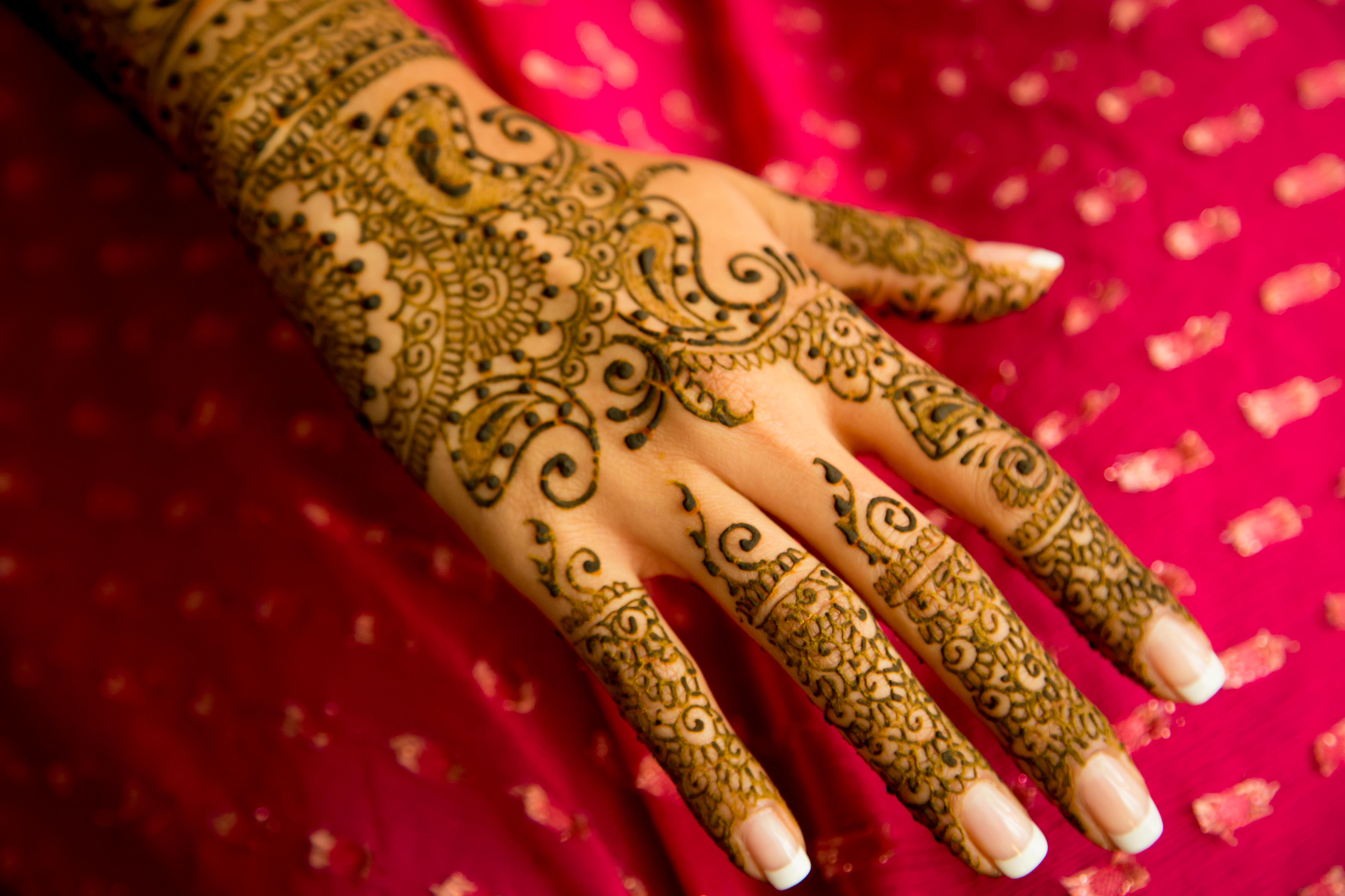 Hand Mehndi Tips : Bridal mehndi prep and care guest post by blushing & beautiful